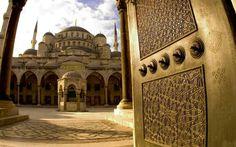 Blue Mosque is beautiful every hour of the day. #istanbul #sultanahmet #camii  #ramadan #bluemosque #steigenbergeristanbulmaslak #maslak #lifestyle #life #perfect #photooftheday #elegant #iftar #sahur #ramazan #ramadan #ramadanmubarak #business #pleasure #bleasure #concept #bleasureconcept #adventure #dynamic #resort #ultimate #best