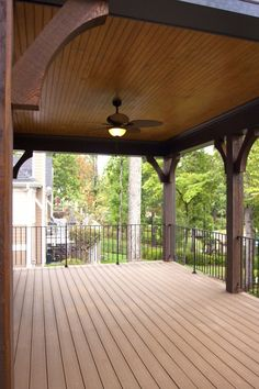 Need new ceiling fans on our back porch and I wud love some lik this one