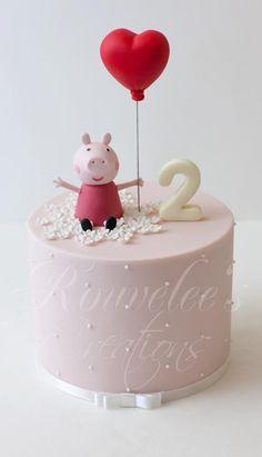 Peppa Pig cake from macetesdemae Tortas Peppa Pig, Bolo Da Peppa Pig, Peppa Pig Birthday Cake, 2nd Birthday, Birthday Ideas, Peppa Pig Y George, Cake Pops, Bolo Cake, Gateaux Cake