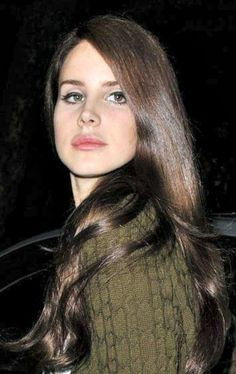Trying to tell me to wait, But I can't wait to see you. -Lana Del Rey #LDR