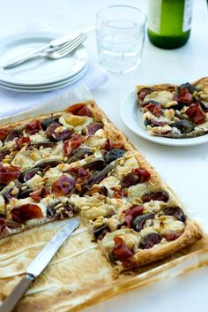 GOAT CHEESE, FIG AND HAM TART