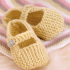 Baby Mary Janes and Other Little Shoes to Knit ~ Knitting Free