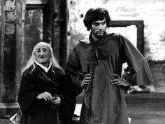 Carlo Pisacane e Gian Maria Volonté (Abacuc e Teofilatto dei Leonzi - L'armata Brancaleone di Mario Monicelli) 1966