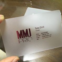 Frosted plastic cards with a silver foil print, nothing short of classy with these cards Transparent Business Cards, Clear Business Cards, Plastic Business Cards, Luxury Business Cards, Letterpress Business Cards, Business Card Logo, Business Card Design, Architecture Business Cards, Name Card Design