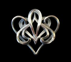 Art Nouveau French Swirled Brooch. Copyright © 2013 The Gooday Gallery.