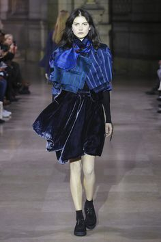 Moon Young Hee Ready To Wear Fall Winter 2016 Paris