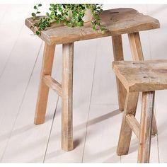 Holz-Schemel im uriges Design, 2-er Set