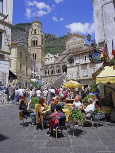 Outdoor café, Amalfi coast