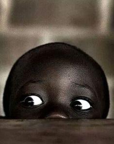 New funny face pics people pictures ideas Black Is Beautiful, Beautiful Eyes, Beautiful People, Amazing Eyes, Amazing Art, Photo Portrait, Portrait Photography, Foto Baby, Jolie Photo