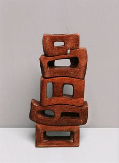 Tate Modern presents the first UK exhibition of Middle East pioneer of abstract art, Saloua Raouda Choucair. Sculptures Céramiques, Art Sculpture, Modern Sculpture, Abstract Sculpture, Ceramic Sculptures, Abstract Art, Ceramic Clay, Ceramic Pottery, Slab Pottery