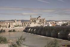 Cordoba e il Puente Romano sul Guadalquivir http://www.korowaihouse.com/2014/05/andalusia/