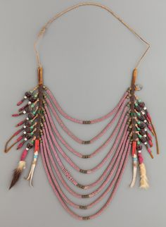 A NORTHERN PLAINS OR PLATEAU LOOP NECKLACE. c. 1890