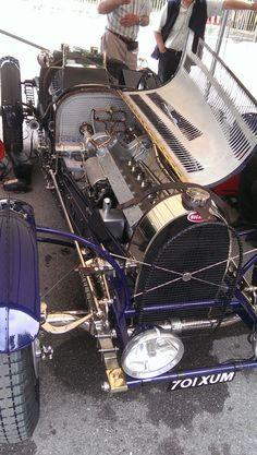 A beautiful Bugatti at the Goodwood Festival of Speed Goodwood Fos, Austin Seven, Car Carrier, Goodwood Festival Of Speed, Vintage Racing, Car Photos, Bugatti, Custom Cars, Museums