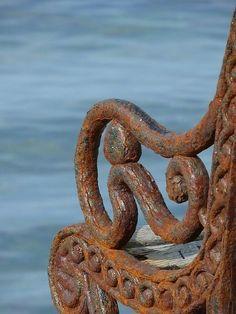 Rusty Bench by crystalc