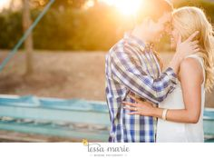 Spring engagement session outfit ideas and inspiration. plaids and lace with a little sun flare Engagement Photo Outfits, Engagement Photo Inspiration, Engagement Pictures, Engagement Session, Engagement Ideas, Engagements, Spring Family Pictures, Spring Photos, Couples Poses For Pictures