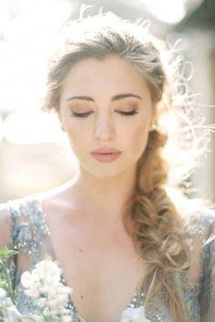 8 Pretty Makeup Ideas for Summer Brides via - Make-up-Kunst - Makeup Hochzeit Wedding Makeup Tips, Natural Wedding Makeup, Bridal Hair And Makeup, Wedding Hair And Makeup, Bridal Beauty, Wedding Beauty, Hair Makeup, Hair Wedding, Natural Makeup