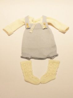 Baby clothes 3 piece set Outfit with knit sweater by Marumakids
