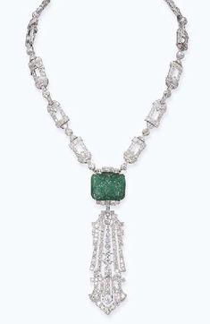OMG that dress! — Necklace Raymond C. Yard, 1925 Christie's