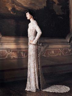 Valentino Hatue Couture // Grace Coddington // David Sims // Edie Campbell // Vogue US September 2013