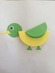 4 years cutting and folding - Sanat etkinlikleri - Circle Crafts, Bird Crafts, Animal Crafts, Paper Crafts For Kids, Diy For Kids, Fun Crafts, Diy And Crafts, Diy Paper, Paper Art