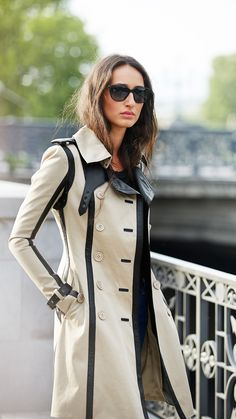 Art of the Trench is a celebration of the trench coat and the people who wear it, showcasing individual style from around the globe. Love Fashion, Fashion Beauty, Fashion Looks, Womens Fashion, Trent Coat, Coats For Women, Clothes For Women, Stylish Coat, Maxis
