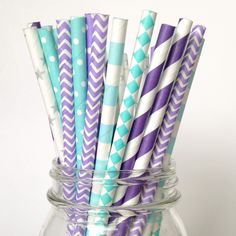 Has frozen fever overtaken your home too? Surprise your special little princess with our fun paper straws, a birthday party must-have! You will receive 7 enchanting varieties of lavender, silver and a
