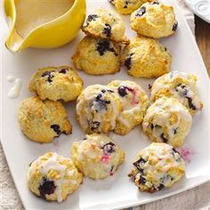Need recipes for scones? Get recipes for scones for your next breakfast. Taste of Home has lots of recipes for scones including blueberry scones, cheese scones, and more recipes for scones. Blueberry Scones, Blueberry Recipes, Brunch Recipes, Breakfast Recipes, Dessert Recipes, Breakfast Items, Tea Recipes, Cocktail Recipes, Recipies