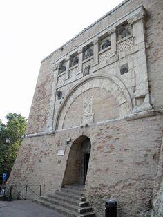 Le meraviglie dell'Umbria  Porta Marzia, Perugia, Italy
