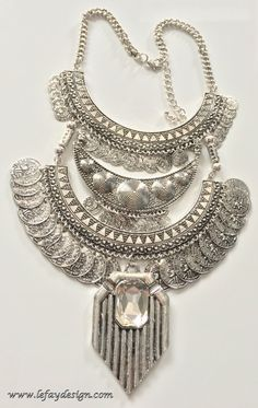 Foxy Lady  Satement KetteBIB Halskette von leFayDesign auf Etsy
