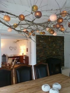 Huge fan of the Cable and Cotton String Lights - here used to superb effect. Happy Lights, Xmas Lights, String Lights, Inexpensive Home Decor, Diy Home Decor, Cable And Cotton, Rama Seca, Cotton Ball Lights, Cozy House