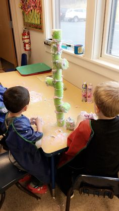 Jack and the Beanstalk. Kids had fun making their own beanstalk in the clouds. All you need is a pool noodle and some shaving cream or foam shaping soap. I used Mr. Bubbles! #sensory #foam #jackandthebeanstalk #preschool