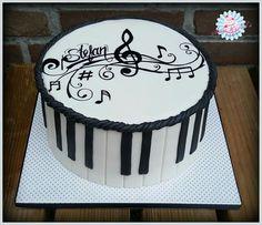 Musicnote cake