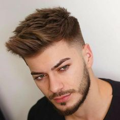 Mens Hairstyles Fade, Cool Hairstyles For Men, Haircuts For Men, Hair And Beard Styles, Short Hair Styles, Gents Hair Style, Beard Shapes, Men Hair Color, Beard Look
