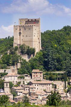 Tour de Crest Drôme drome vallee donjon http://www.sitestouristiques-drome.com/