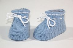 Baby Booties Knitting Pattern, Knitted Booties, Knitting Patterns, Crochet Cardigan, Knit Crochet, Free Knitting, Baby Knitting, Baby Doll Clothes, Baby Boots