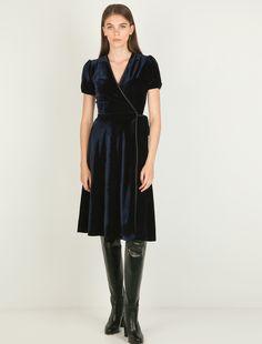 Κρουαζέ φόρεμα από βελούδο