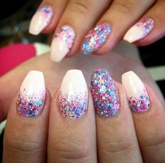 birthday nails - Multi Glitter Gel Manicure for Glitter Nail Design Idea - Manicure Gel, Diy Nails, Cute Nails, Gel Manicure Designs, Nails Design, Glitter Manicure, Manicure Simple, Glitter Eyeshadow, Holiday Nail Designs