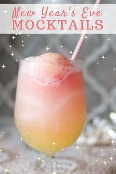Mocktails For Kids & Adults To Brighten Up New Year's Eve Mocktails for kids will make New Year's Eve and other celebrations that much more fun! Try these easy mocktails for your kids at your next party. New Years Eve Drinks, New Year's Drinks, Kids New Years Eve, Kid Drinks, Holiday Drinks, Beverages, New Years With Kids, Non Alcoholic Drinks New Years, New Years Eve Food