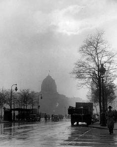 Paris circa 1947  Edith Gérin