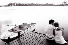 """www.kommaeventos.com.uy. Estamos en verano y son muchas las parejas que siguen eligiendo esta estación para llevar a cabo su boda. Definitivamente, es la época más solicitada y esperada por los novios, por eso queremos dejarles unos consejos para llevar a cabo ese """"gran día"""" cuando empiezan los días lindos."""