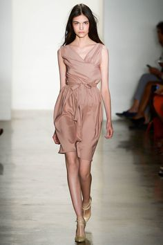 Costello Tagliapietra Spring 2013 Ready-to-Wear Fashion Show - Isabella Melo