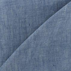 Toile de coton à la texture simple, légère ou moyennement lourde, facile à coudre. Composé d'une chaîne teinte et d'une trame blanche ou écrue. Employé pour les chemises et les vêtements d'enfants, doublures, chemises, jupes et vêtements décontractés.