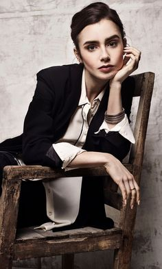 """"""" Lily Collins photographed by Benjo Arwas for The Wrap """" Photography Poses Women, Girl Photography, Social Photography, Headshot Photography, Creative Portraits, Studio Portraits, Headshot Poses, Female Portrait Poses, Foto Portrait"""