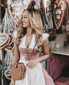 (notitle) - Dirndl - Source by luluchouchou casual modest Summer Dress Outfits, Cute Summer Dresses, Dresses For Teens, Modest Dresses, Nice Dresses, Casual Dresses, Oktoberfest Outfit, Oktoberfest Clothing, Dirndl Dress
