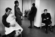 "freebart: ""Ian Berry - The English "" Ian Berry, Waiting Rooms, Magnum Photos, Berries, English, London, Couple Photos, Couples, Doctors"