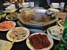 Huoguo Fever: Chengdu's Best Places to Eat Hotpot Real Chinese Food, My Favorite Food, Favorite Recipes, Visit China, Chengdu, Hot Pot, Best Places To Eat, Food And Drink, Beef