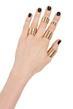 Cleora Ring Set