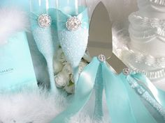 Wedding Toasting Flutes - You have to buy the best thing for your wedding ceremony accessories. Wedding toasting flute is the best wedding souvenir to Tiffany Theme, Tiffany Party, Tiffany Wedding, Tiffany Blue, Aqua Wedding, Chic Wedding, Wedding Reception, Wedding Beach, Wedding Champagne Flutes