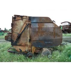Used Used New Holland BR7090 balers - EQ-26388! Call 877-530-4430 for used tractor parts!  https://www.tractorpartsasap.com/-p/EQ-26388.htm