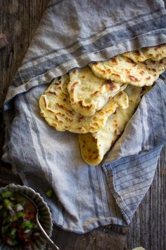You are only 30 minutes away from the best naan you've ever had! This gluten free roasted garlic naan is tender on the inside, chewy outside & delish! Gf Recipes, Indian Food Recipes, Gluten Free Recipes, Cooking Recipes, Delicious Recipes, Sweet Recipes, Naan Recipe, Flatbread Recipes, Falafel Recipe